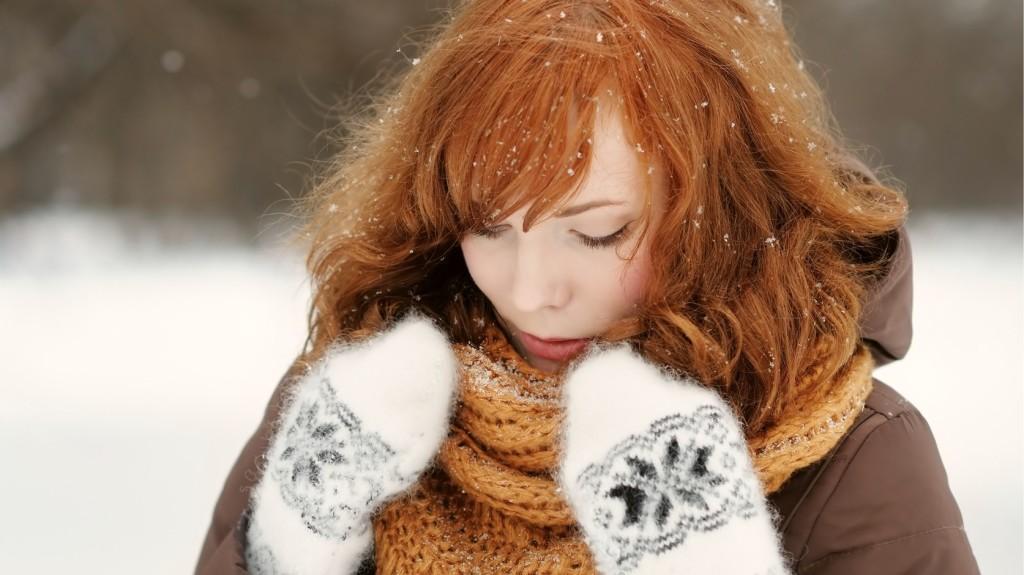 Piros foltok az arcon a téli hidegtől? Legyünk óvatosak!