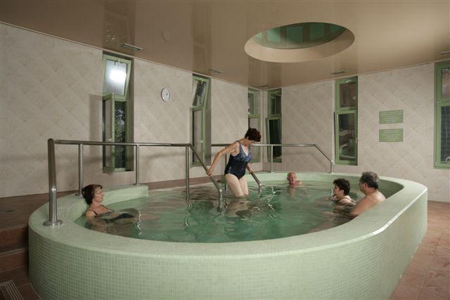 Hungary health resorts Harkany pikkelysömör