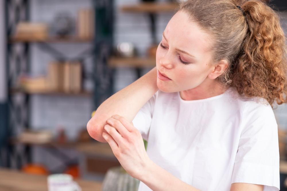 hogyan lehet gyógyítani az idegrendszert pikkelysömörrel szubkután dudorok az arcon vörös foltok